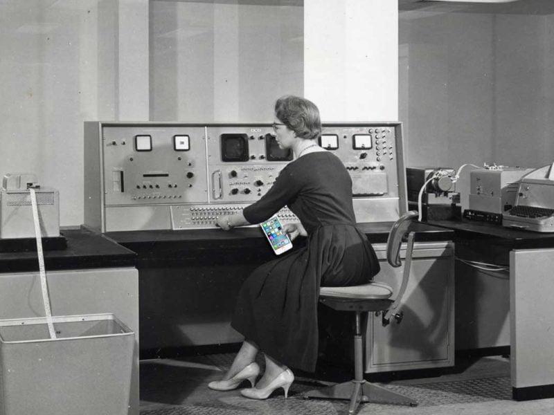 İlk bilgisayarlardan günümüz cep telefonlarına...